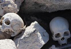 Baraj suyu çekildi, mezarlıktaki iskeletler ve kafatasları ortaya çıktı