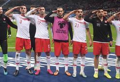 UEFA soruşturma başlattı Bakan Kasapoğlundan ilk tepki...