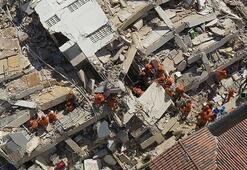 7 katlı bina bir anda yerle bir oldu