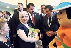 Emine Erdoğan 'Yeşil Ekonomi Yolunda Sıfır Atık' programında konuştu: 'Çare yeşil ekonomiye geçiş'