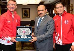Busenaz Sürmeneliden Trabzon Valisi Ustaoğluna ziyaret