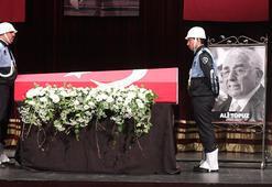 Ali Topuz ve Orhan Birgit için tören düzenlendi