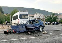 Kahramanmaraşta feci kaza: 2 yaşındaki bebek öldü, 16 yaralı var