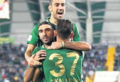Akhisarspor'un gözü zirvede