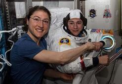 Bir ilk İki kadın astronot aynı anda...