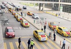 Taksicilerden destek konvoyu