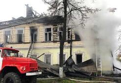 Rusyada 2 katlı binada yangın: 7 ölü