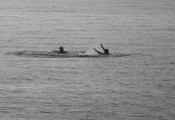 Burası ne Antalya ne Bodrum Ekim ayında deniz keyfi yaptılar