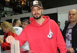 Murat Boz başkanlık seçiminde oy kullandı