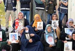 HDP önündeki eylemde 49uncu gün Beni 2 kız çocuğumla tehdit ediyorlar