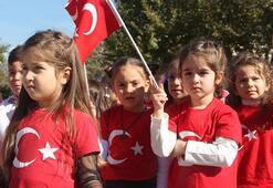 28-29 Ekimde okullar tatil mi Resmi tatiller hafta sonu ile birleşip 4 gün tatil olacak mı