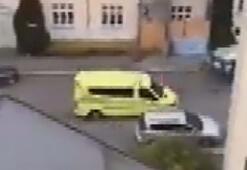Norveçte ambulans çalan silahlı kişi, yayaları ezdi