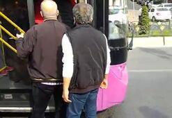 İstanbul'da otobüs şoförü ile yolcu birbirine girdi...O anlar kamerada