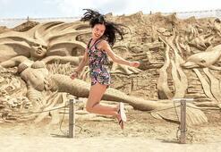 Antalyada kumdan heykel festivali