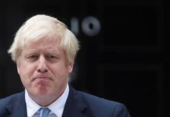 Boris Johnson pazartesi gününü bekliyor