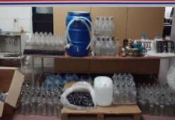 Sahte içki imalatı yaparken suçüstü yakalanan 3 şüpheli tutuklandı