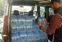 Su gibi satmışlar Şişelerin içindeki polisi bile şaşırttı
