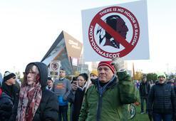 Kızılderililer, Washington Redskins'e karşı sokağa döküldü