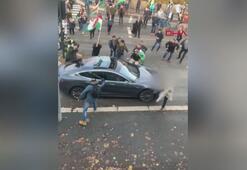 Norveçte PKK yandaşları, içinde Türk bayrağı olan otomobile saldırdı