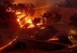 Kaliforniya'da orman yangınları söndürülemiyor