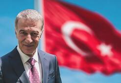 Ahmet Ağaoğlundan Cumhuriyet Bayramı mesajı