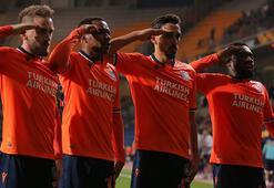 UEFAdan asker selamına soruşturma