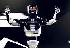 Robot Veysi tarihe geçti
