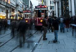 Türkiyeye 64 bin 'milliyetsiz' turist geldi