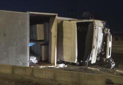 Kahramanmaraş'ta kontrolden çıkan kamyon yat yattı: 3 yaralı