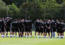 Beşiktaşta Burak Yılmaz Antalyaspor maçı kamp kadrosunda