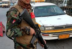 Afganistanda Taliban saldırısı: 2 polis öldü