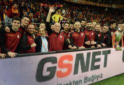 Şampiyon Galatasaray Erkek Voleybol Takımı statta
