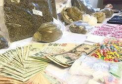 Teknede uyuşturucu satanlara baskın