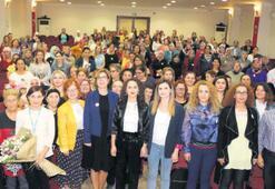 Bayraklılı kadınlara meme kanseri eğitimi