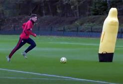 Mesut Özilden antrenmanda gol şov