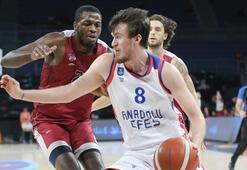Anadolu Efes: 108 - Sigortam.net İTÜ Basket: 62