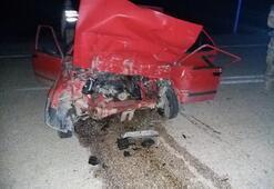 Otomobille hafriyat kamyonu çarpıştı: 2 ölü, 1 yaralı