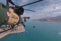Atak helikopterinin kamerasından Van Gölü manzarası