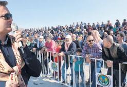 Menemen'de rahvan at yarışları nefes kesti