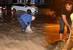 Son dakika Sağanak yağış Marmariste hayatı felç etti