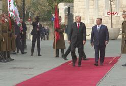 Cumhurbaşkanı Erdoğan, Budapeştede törenle karşılandı