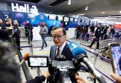 Muhalif liderin Pariste uçağa binmesine izin verilmedi