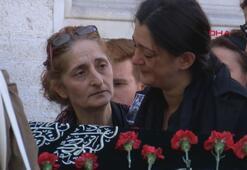 Adliyede intihar eden yazar Seray Şahinerin eşi toprağa verildi