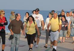 Kuşadasına kruvaziyerle 2 bin 657 turist geldi