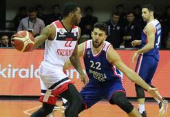 Gaziantep Basketbol - Anadolu  Efes: 83-88