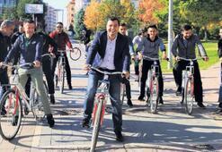 Başkan Çakın ilk turu gençlerle attı