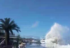 Büyükadada tsunami paniği Kaçacak yer aradılar
