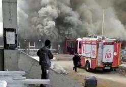 Büyük panik Konteyner yandı, okul tatil edildi