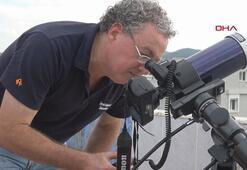 Merkür tutulmasını terasından teleskobuyla izledi