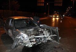 Babasının otomobilini kaçıran genç kaza yaptı, olay yerinden kaçtı